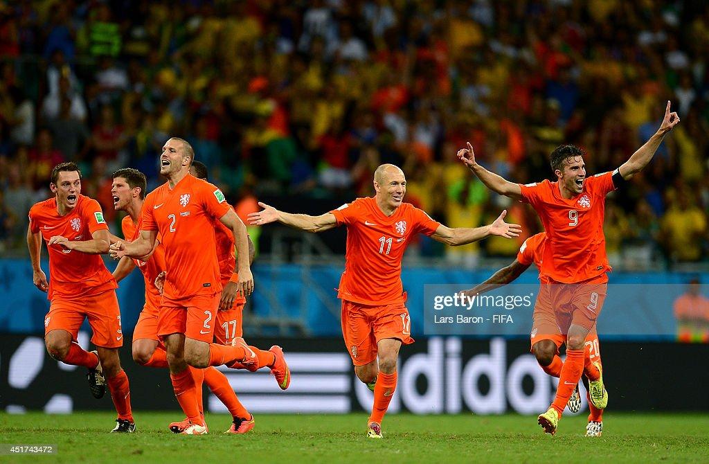 Netherlands v Costa Rica: Quarter Final - 2014 FIFA World Cup Brazil : Nieuwsfoto's