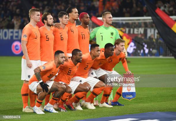 Netherland's players pose before the UEFA Nations League football match between Germany and the Netherlands on November 19 2018 in Gelsenkirchen