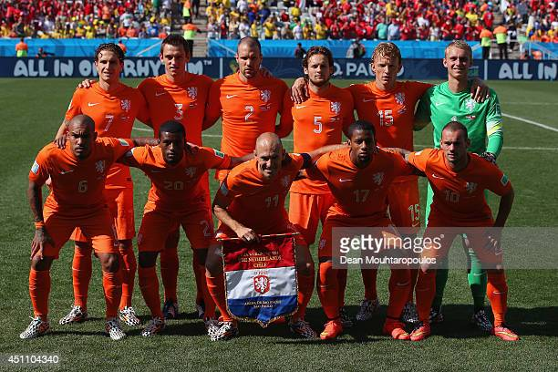 Netherlands players pose for a team photo prior to the 2014 FIFA World Cup Brazil Group B match between the Netherlands and Chile at Arena de Sao...
