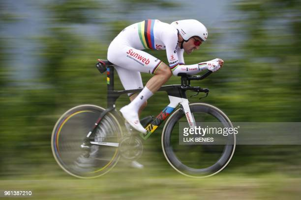 Netherlands' rider of team Sunweb Tom dumoulin competes in the 16th stage a time trial between Trento and Rovereto during the 101st Giro d'Italia...