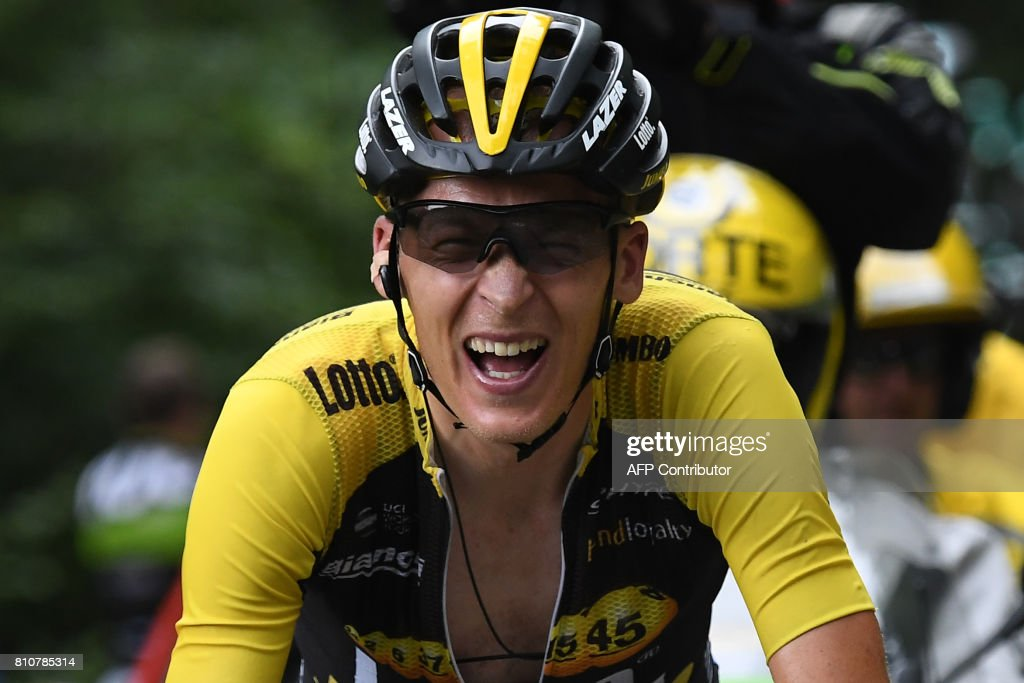 Netherlands' Robert Gesink rides in a breakaway during the 187,5 km eighth stage of the 104th edition of the Tour de France cycling race on July 8, 2017 between Dole and Station des Rousses. / AFP PHOTO / Lionel BONAVENTURE
