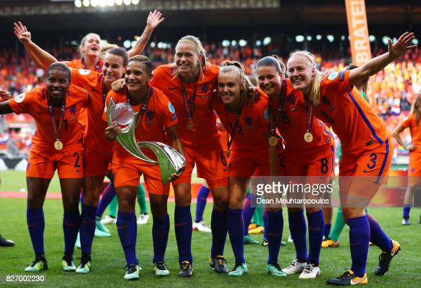Netherlands team celebrate after winning the Final of the UEFA Women's Euro 2017 between Netherlands v Denmark at FC Twente Stadium on August 6 2017...