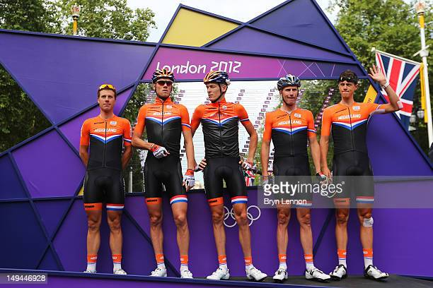 Netherlands team pose ahead of the Men's Road Race Road Cycling on day 1 of the London 2012 Olympic Games on July 28, 2012 in London, England.