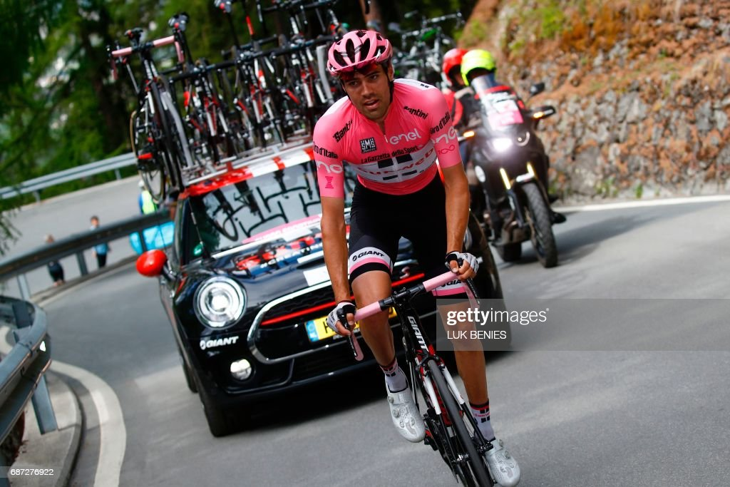 Netherlands' Tom Dumoulin of team Sunweb rides during the 16th stage of the 100th Giro d'Italia, Tour of Italy, cycling race from Rovetta to Bormio on May 23, 2017. / AFP PHOTO / Luk BENIES
