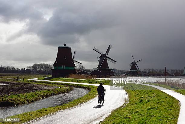 netherlands zaanse schans - traditional windmill stock photos and pictures