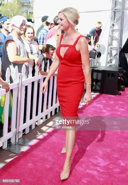 Network host Kathryn Tappen arrives on the magenta carpet for the 2017 NHL Awards at T-Mobile Arena on June 21, 2017 in Las Vegas, Nevada.