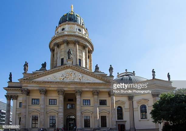 neue kirche, berlin, germany - kirche - fotografias e filmes do acervo