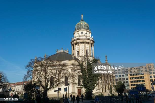 neue kirche known as german church at gendarmenmarkt square berlin germany - kirche - fotografias e filmes do acervo