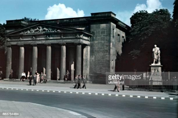 Neue Wache in Unter den Linden in Berlin 1940