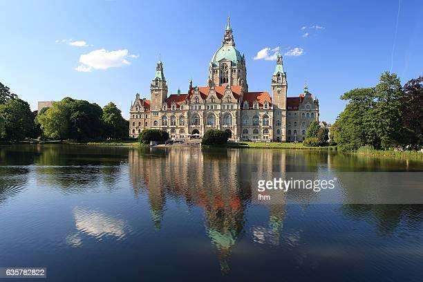 neues rathaus (new town hall) hannover - niedersachsen/ germany - hanover germany stock pictures, royalty-free photos & images