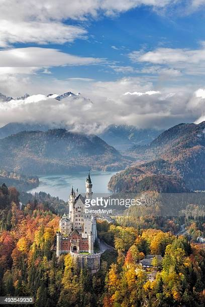 neuschwanstein castle, germany - neuschwanstein castle stock pictures, royalty-free photos & images