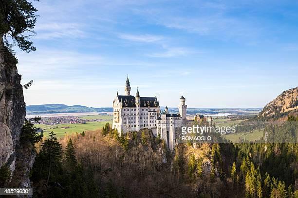neuschwanstein castle seen from marienbrücke, bavaria germany - neuschwanstein castle stock pictures, royalty-free photos & images