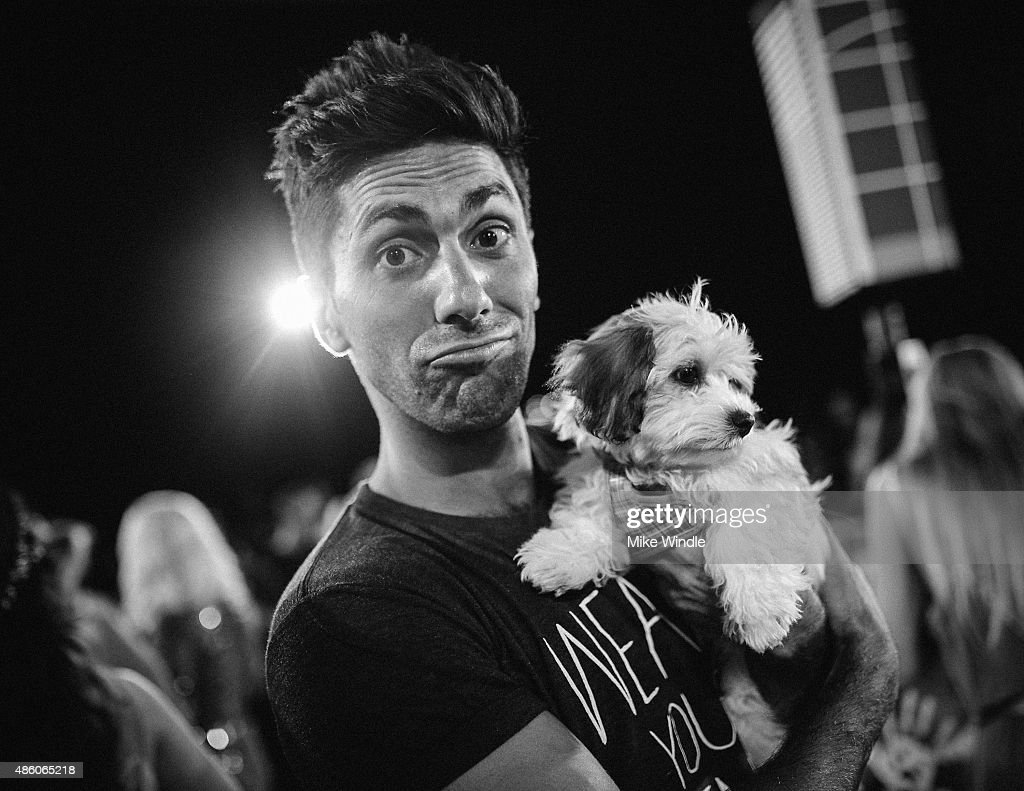 Nev Schulman attends the 2015 MTV Video Music Awards at Microsoft Theater on August 30, 2015 in Los Angeles, California.