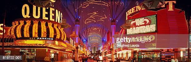 USA, Nevada, Las Vegas, neon lights of the 'Fremont Street Experience'