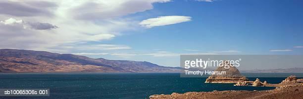 usa, nevada, near reno, pyramid lake - timothy hearsum stock pictures, royalty-free photos & images