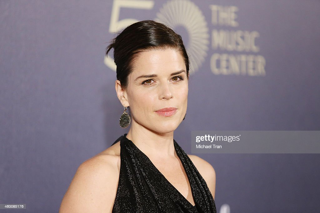 Neve Campbell arrives at The Music Center's 50th Anniversary Spectacular held at Dorothy Chandler Pavilion on December 6, 2014 in Los Angeles, California.