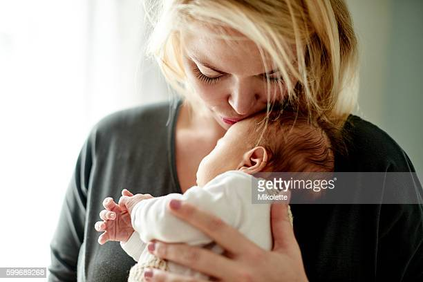 i never thought i could love one being so much - mom stock pictures, royalty-free photos & images
