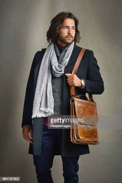 never underestimate the power of a good outfit - shoulder bag stock pictures, royalty-free photos & images