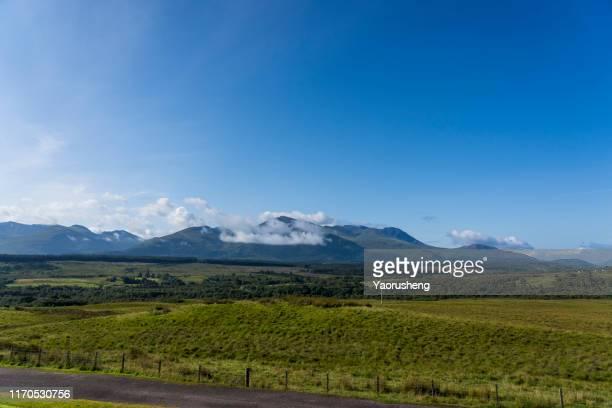 nevis range - ben nevis - mountain range stock pictures, royalty-free photos & images