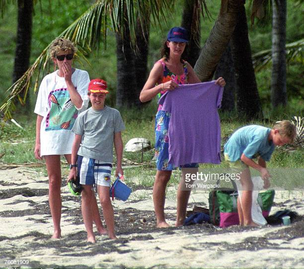 NevisStKitts January 3 1993 Princess Diana with Prince William on the island of StKitts in the Caribbean