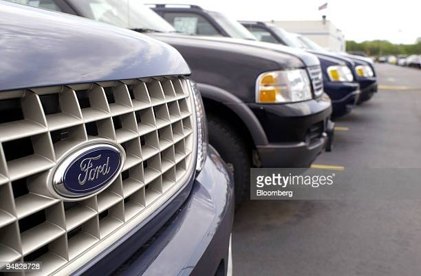 Ford Dealership Philadelphia >> World S Best New Ford Explorer Suvs Stock Pictures Photos