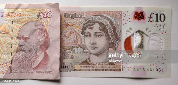 New and old UK ten pound notes