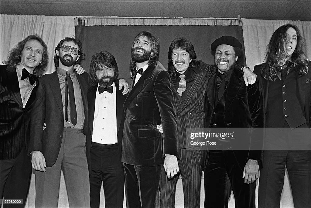 Backstage at the 1980 Grammy Awards : News Photo