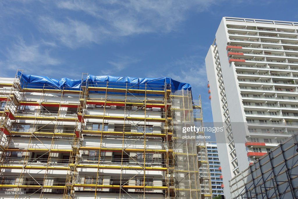 Scaffolding on a new construction Pictures | Getty Images