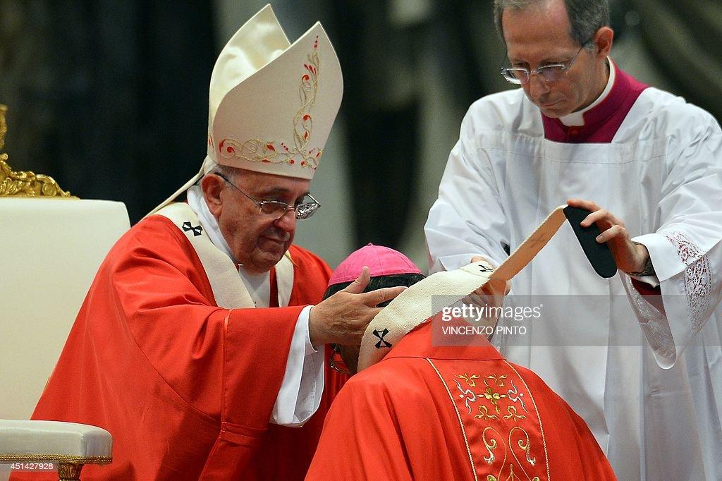 VATICAN-POPE-MASS-PALLIUM : News Photo