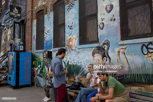 A new artist warehouse in Bushwick caters to the growing numbers of young people and artists moving into the neighborhood Art is often used as a...