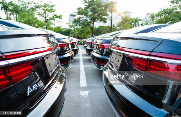 new audi a8 on the parking - status car stock pictures, royalty-free photos & images