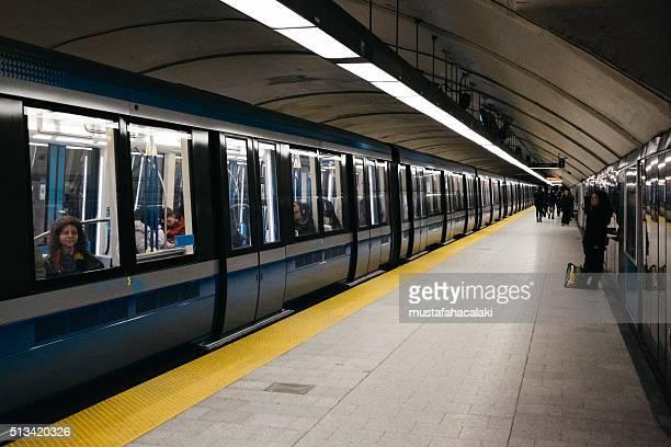 Neue Azur u-Bahn Autos in Montreal