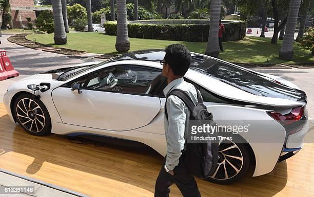 New Bmw I8 Hybrid Car Displayed At India Habitat Centre Stock Photos