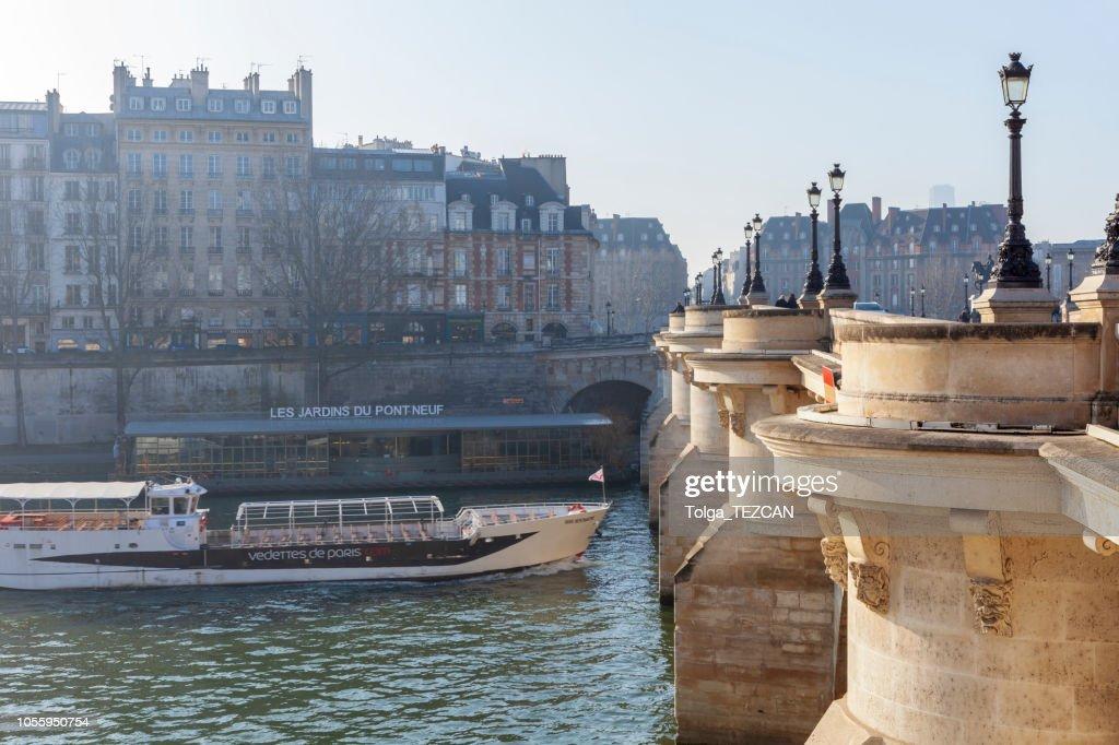 Pont neuf, Ile de la Cité, París - Francia : Foto de stock