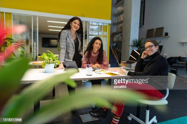 new business startup: all women team finally back to work after pandemic - bid stock pictures, royalty-free photos & images