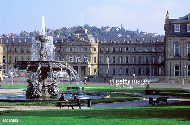 new castle in stuttgart, germany - castle square stock pictures, royalty-free photos & images