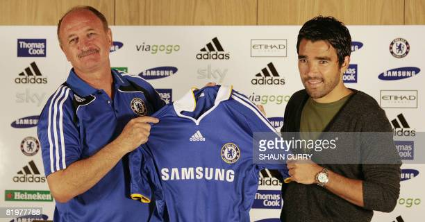 New Chelsea football club signing Portuguese midfielder Deco and Chelsea manager Luiz Felipe Scolari attend a press conference at the Chelsea FC...
