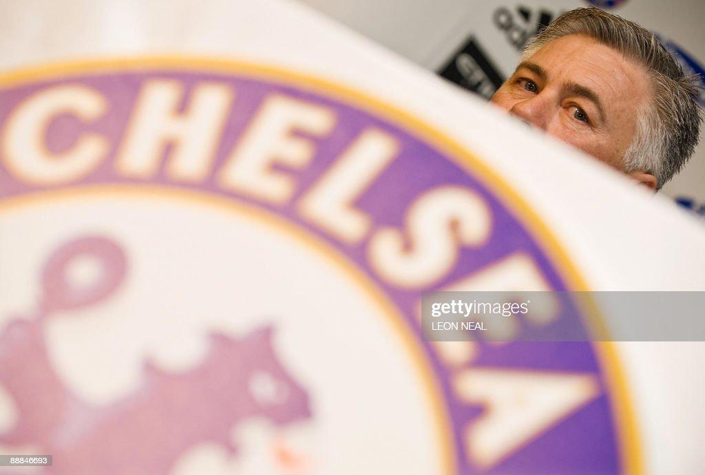 New Chelsea manager Carlo Ancelotti spea : News Photo