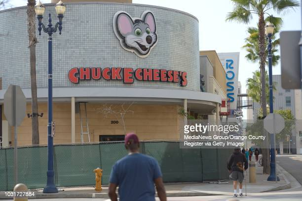 New Chuck E Cheese's restaurant at City Place in Downtown Long Beach ///ADITIONAL INFORMATION Slug 01cityplace0927jgjpg Date shot 9/26/13 September...