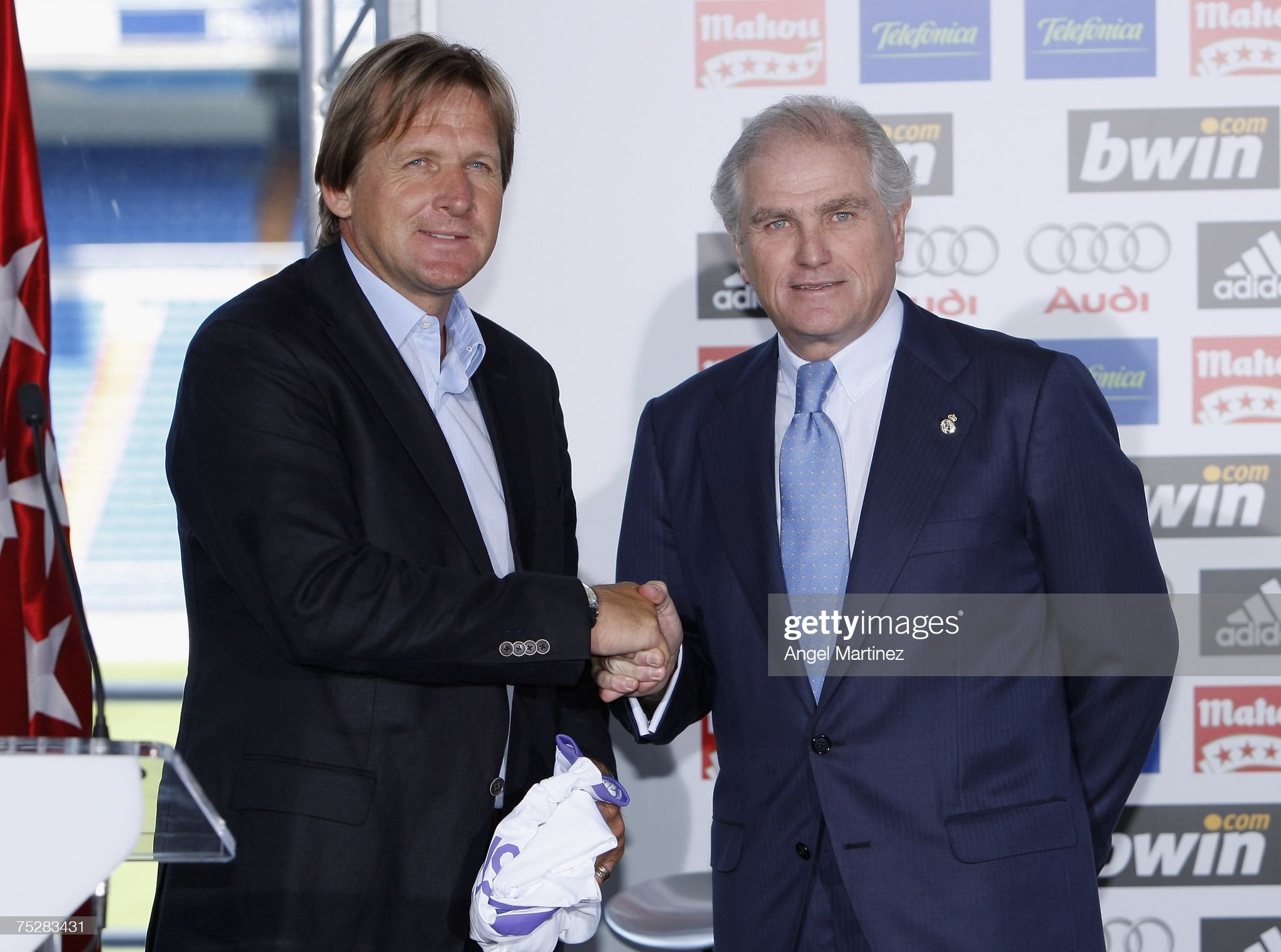 ¿Cuánto mide Ramón Calderón? New-coach-bernd-schuster-and-president-ramon-calderon-of-real-madrid-picture-id75283431?s=2048x2048
