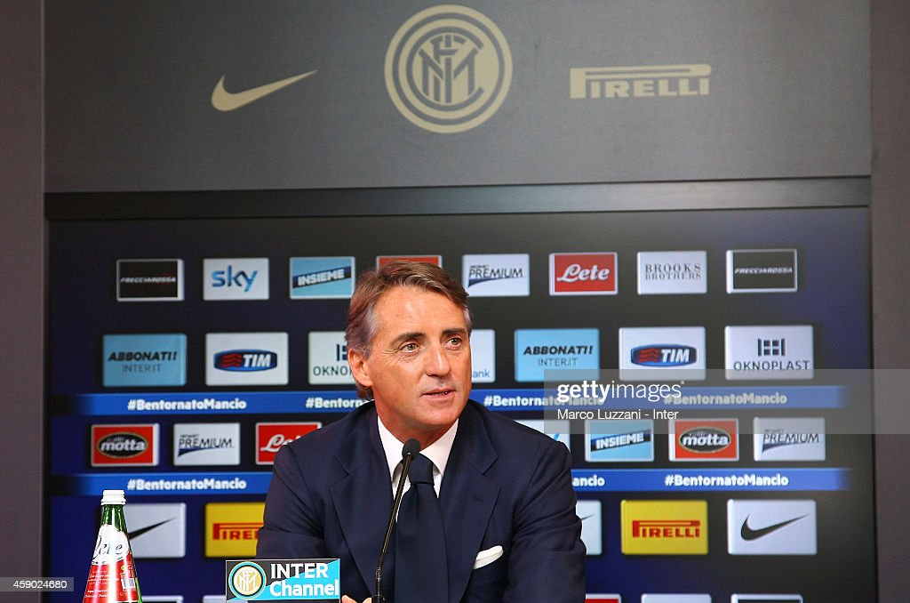 FC Internazionale Unveils New Coach Roberto Mancini : News Photo