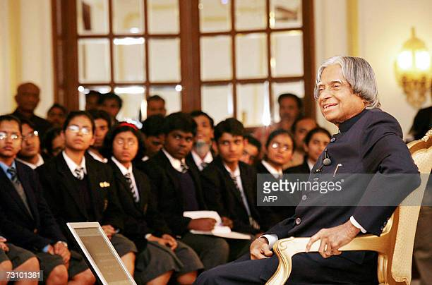 Indian president Dr APJ Abdul Kalam talks with school students at Rashtrapati Bhavan presidential palace on the eve of India's Republic Day 25...