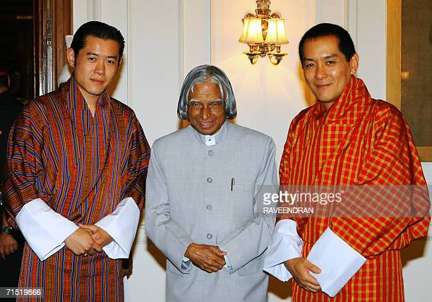 King of Bhutan Jigme Singye Wangchuck Indian President APJ Abdul Kalam and Bhutan's Crown Prince Jigme Khesar Namgyal Wangchuck pause during a...