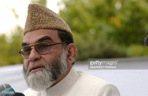 Shahi Imam of the city's largest mosque Jama Masjid Delhi Ahmed Bukhari addresses a press conference in New Delhi 10 June 2006 Ahmed Bukhari...