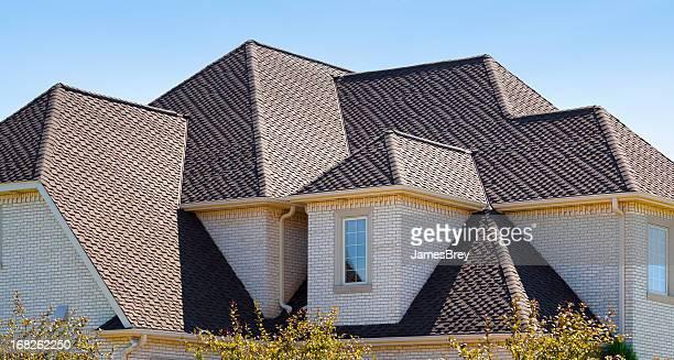 New Dimensional Asphalt Shingle Complex Roof