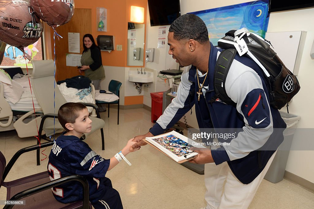 New England Patriot And Super Bowl Champion Malcolm Butler Surprises Patients At Boston Children's Hospital : News Photo