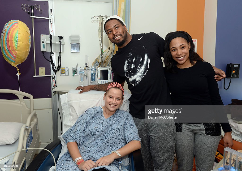 New England Patriot Tavon Wilson Brings Smiles To Boston Children's Hospital : News Photo