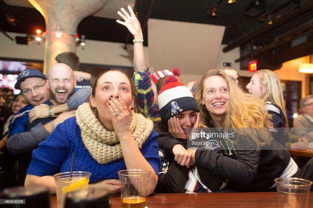 Patriots Fans Gather To Watch Super Bowl XLIX, New England Vs. Seattle : News Photo