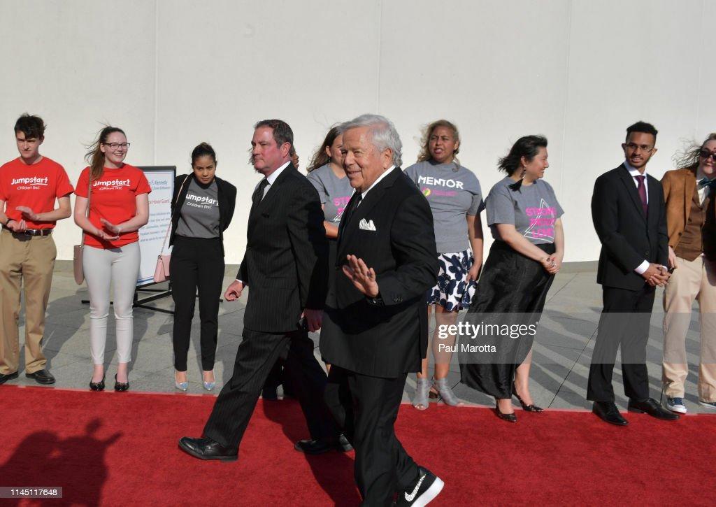 Nancy Pelosi Receives 2019 Profile in Courage Award : News Photo