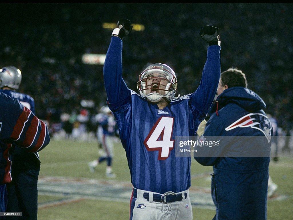 1996 AFC Championship Game - Jacksonville Jaguars vs New England Patriots - January 12, 1997 : News Photo